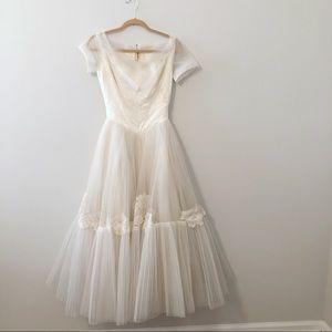 Vintage William Cahill Wedding Dress Size 0-2